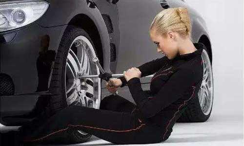 换轮胎.jpg